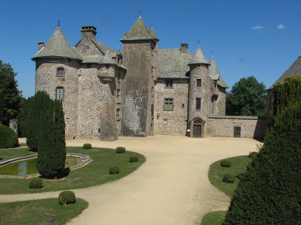 Château de Cordès - Francja - Masyw Centralny - by Oncle Tom