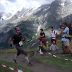 Jedna z zawodniczek Wyścigu Ultra Trial du Mont Blanc - by Mammaoca2008