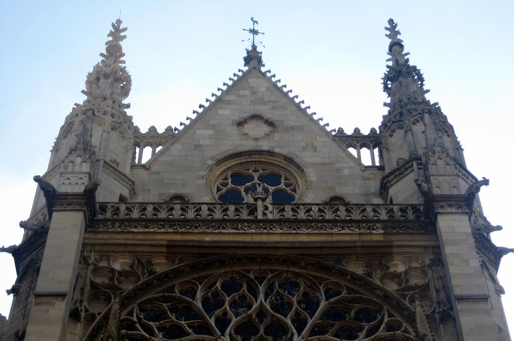 Kaplica Saint Chapelle - Wyspa Cite - Paryż by wallyg
