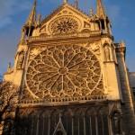 Katedra Notre Dame - Paryż - z bliska - by Sean Munson