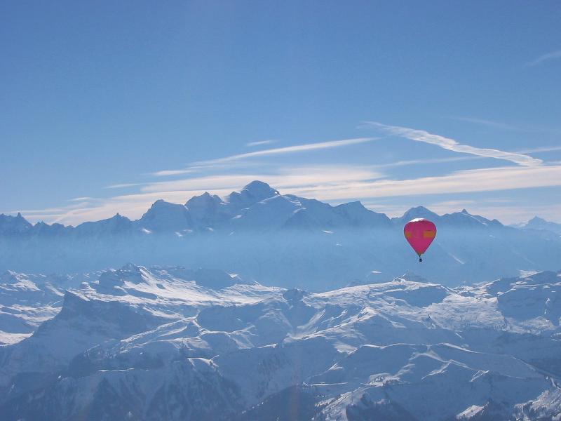 Lot Balonem w Alpach - w tle Mount Blanc - by mortimer