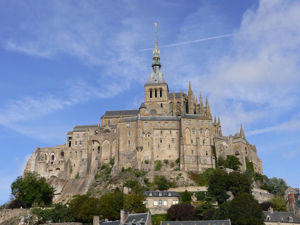 Mont Saint Michel w całej okazałości by abejorro34