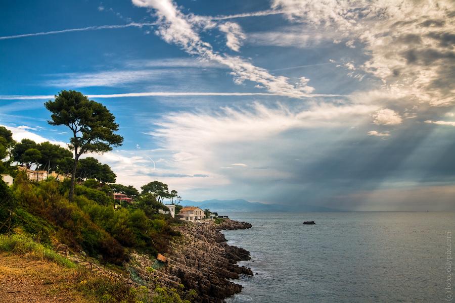 Pełne uroku Lazurowe Wybrzeże by Max Mayorov