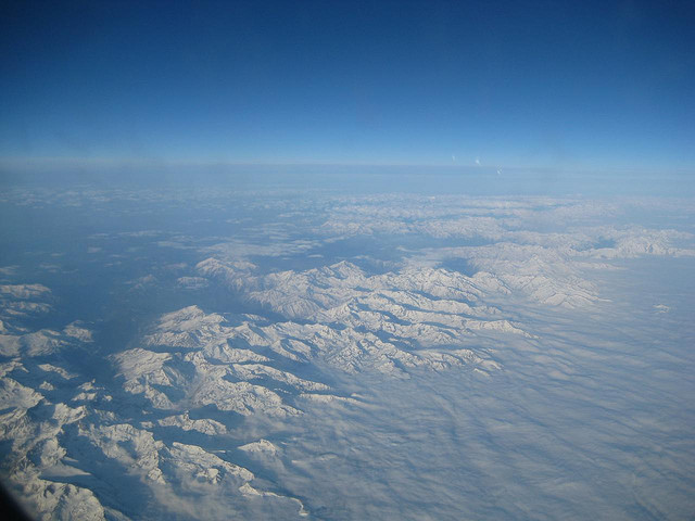 Pireneje zimą z lotu ptaka by saga arpino