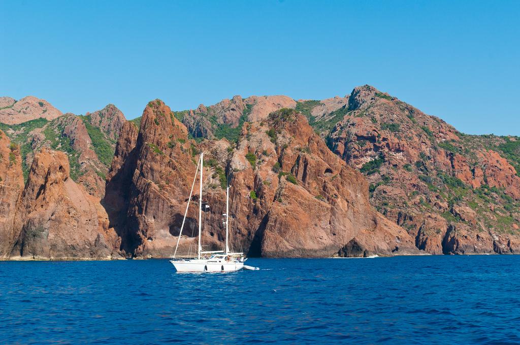 Rejs po Korsyce - Rezerwat Scandola - by PhotoSophil