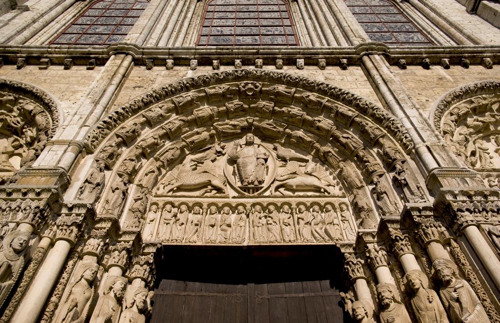 Rzeźby na drzwiach w katedrze Chartres by chogenbo