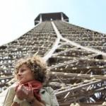 Siedząc pod wieżą eiffla by bortescristian