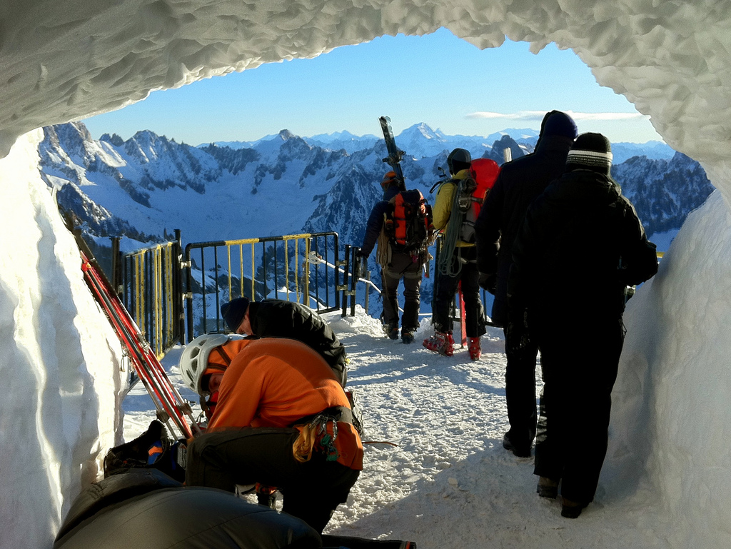 Snowboard - Vallee Blanche - Mont Blanc - by TRAILSOURCE.COM