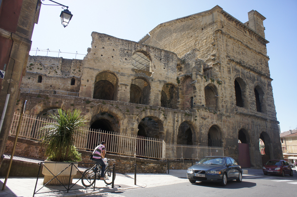 Starożytny teatr romański w miejscowości Orange we Francji - by FlickrDelusions