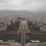 Widok na miasto Paryż z Wieży Eiffla by Arek Olek