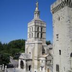 Wieża pomnik Pałac Papieży Francja by hsivonen