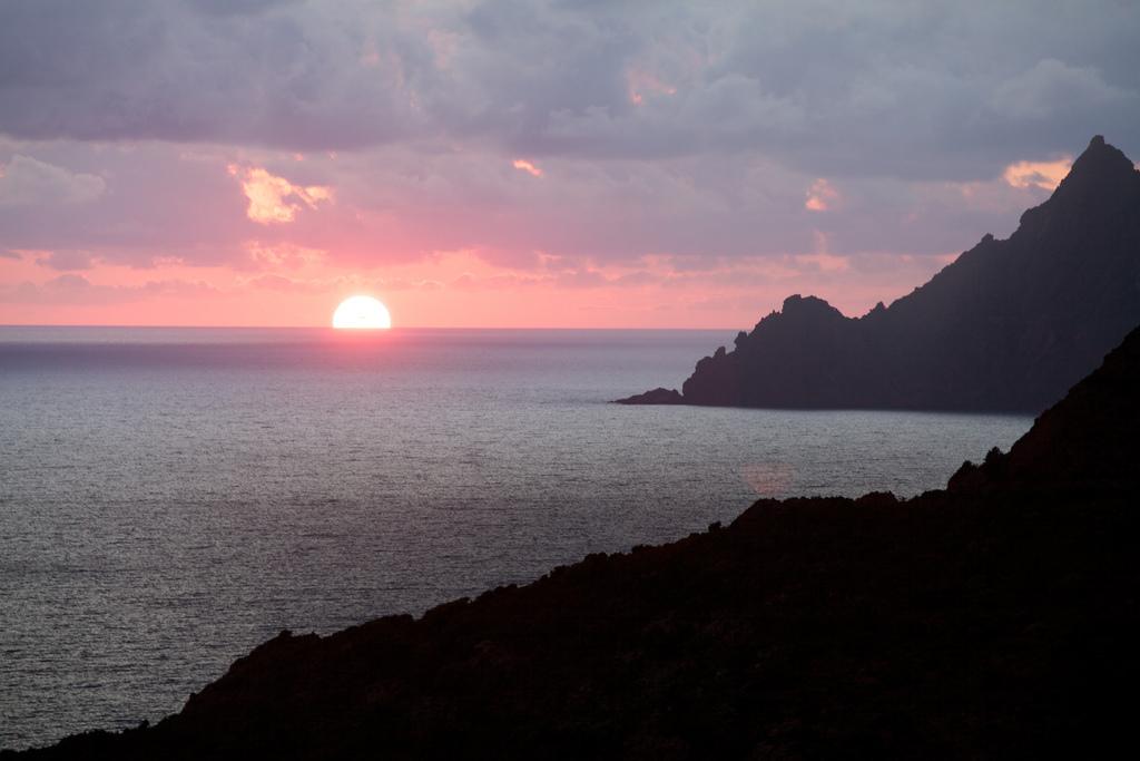 Zachód słońca - Rezerwat Scandola - by rsepulveda