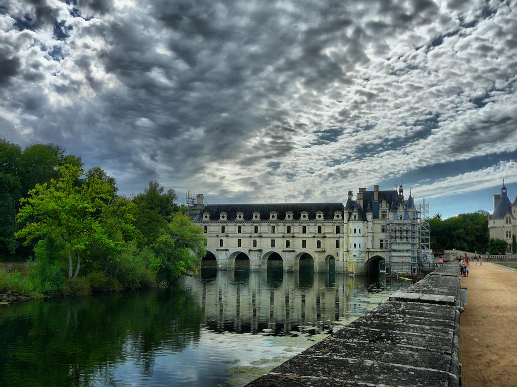 Zamek Chenonceaux na rzece Loarze by Arnaud Abélard