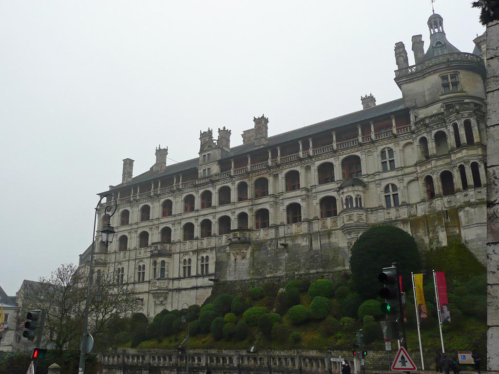 Zamek w Blois nad Loarą by Pinkitron