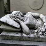 Artystyczny nagrobek - cmentarz Pere Lachaise - Francja - by Passetti