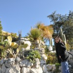 Bogata roślinność na wsi Eze we Francji - by Tran's World Productions