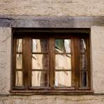 Ciekawe wzór okna - Vence - Francja - by Nathan Rawlins