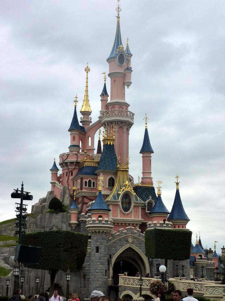 Disneyland - Francja - pałac - by Sean MacEntee