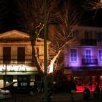 Domy nocą w Saint Tropez - by joriavlis