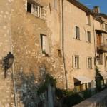 Domy w Saint Paul de Vence - by paula soler-moya