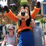 Goofy - Disneyland - by thewattersfamily