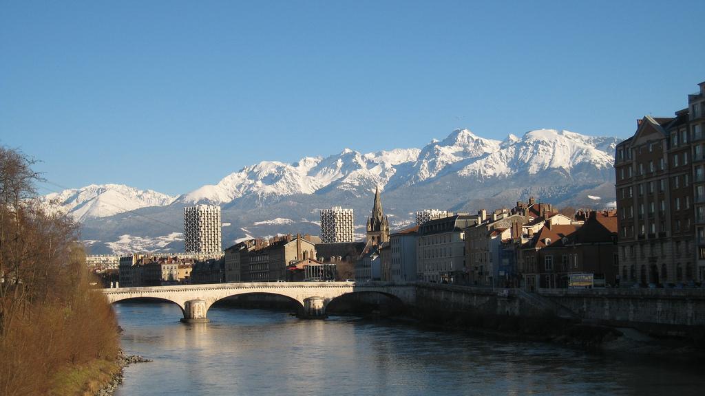Grenoble we Francji - by redcheex