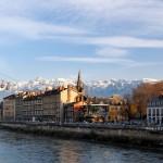 Grenoble - widok ze statku na rzece - by FrenchHope