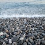 Kamienie na plaży w Nicei - by redswept