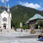 Kościół w Chamonix we Francji - by lluisribes