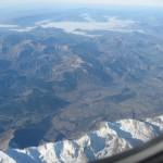 Lecąc nad Francuskimi Alpami - widok z samolotu - wysoko nad ziemią - by ºDaines