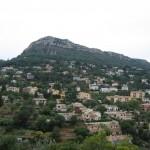 Miasto Vence na zboczu góry -  by SJL
