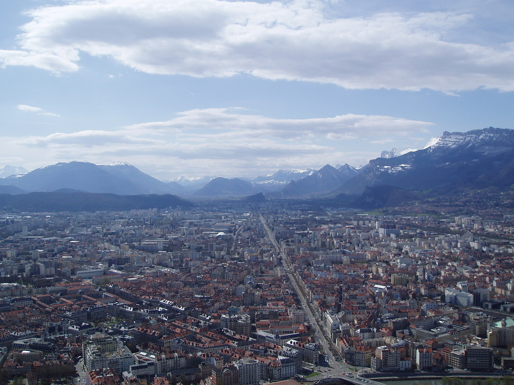 Panorama miasta Grenoble - by bertishki
