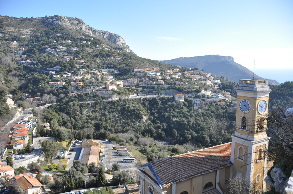Panorama wioski Eze we Francji - by Tran's World Productions