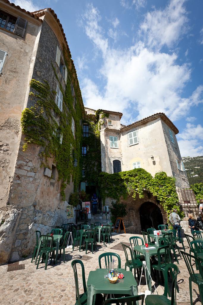 Restauracja  w Eze we Francji - by jimmyweee