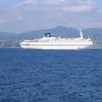 Statek wycieczkowy w Saint Tropez - by AlinBoboiciov