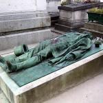 Victor Noir - Pomnik - Cmentarz Pere Lachaise - Paryż - Francja  - by CedEm photographies