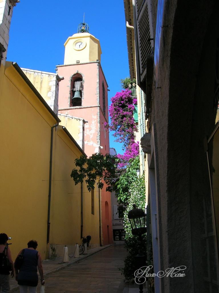 Wąskie uliczki Saint Tropez - by Euler5853