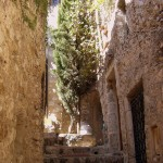 Wąskie uliczki wioski Eze we Francji - by CHRIS230