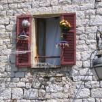 W Vence to mają pomysły zdobienia okien by ansobol