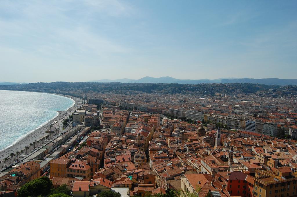 Widok miasta Nicei - by cwagner33