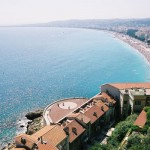 Widok na morze z jednego z apartamentów w Nicei - by Smaku