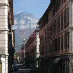 Widok ulicy - miasto Chambery - by nfcastro