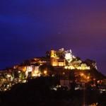 Wioska Eze w nocy - by gromgull