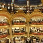 Wnętrze centra handlowego Lafayette w Paryżu by ThiagoMartins